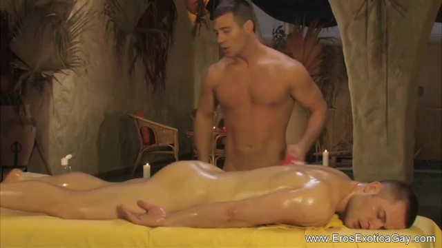 Pure gay erotic stories - Erotic gay massage on the table