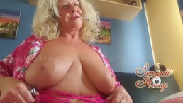 Smoking in Private Webcamshow