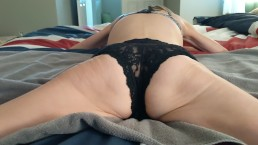 MILF Mackenzie Parsons Grinds her Pussy on the Bed..