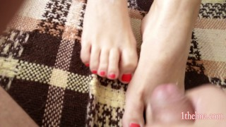 Mother's day footjob and cum. 4k amateure