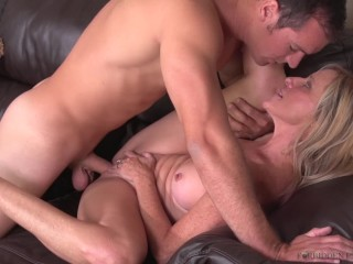 Stepmom breaks