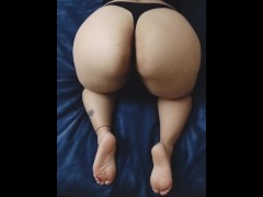 Latina Shaking Ass Before CumShot