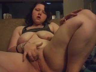 Playing  own pussy till i cum