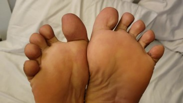 PAYBACK TIME! - Victoria Valentine Tickles Her Footboy's Soles - F/M Tickle
