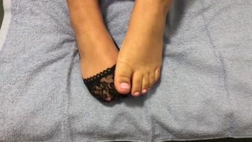 Cute Latina feet in lace ped socks