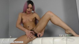 Lola wraps her hairy pussy around large dildo
