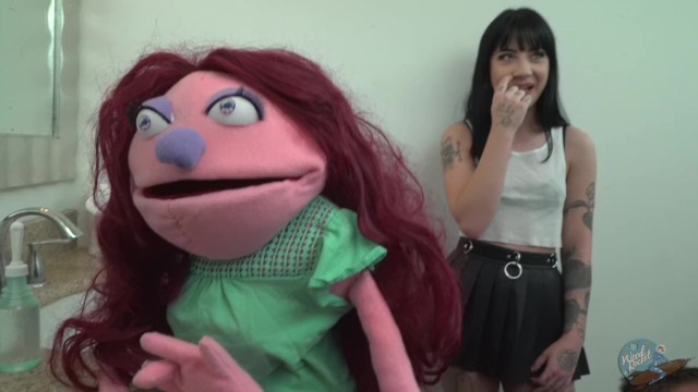 Behind The Scenes of The Puppet Inside Me