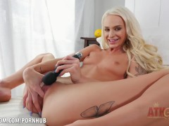 Slutty blonde Emma Hix  pleasures herself