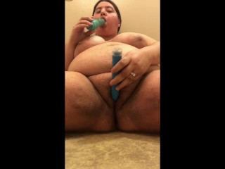 Lesbian squirting on floor