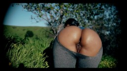 Fitness Babe Big Booty Ebony ripped leggings in public & takes Bbc w/ Cum
