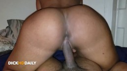 JiggleBunni Giving Up That Creamy Pussy & Bouncing Her Juicy Ass