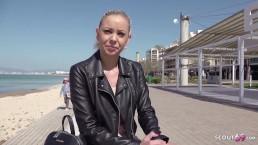 GERMAN SCOUT - Teen Urlauberin Deutsch am Ballermann bei Casting gefickt