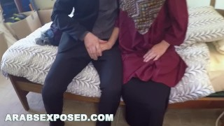ARABS EXPOSED - Muslim Woman In Hijab Takes Money In Exchange For Sex