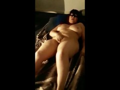 Amateur Couple Voyeur Masturbation She's Caught Red Handed and Comes Hard