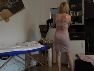 Wife First Time Bbc Rich and rude women comes for a massage and ends up with cum in her mouth