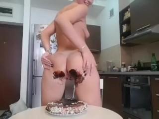 Cake farts preview - full video in premium