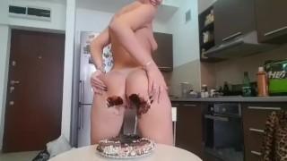 Farts full video cake