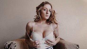 Cumming Home to Her Blowjob - POV GFE - Molly Pills Facial