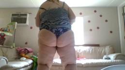 Booty Queen Twerking in Style
