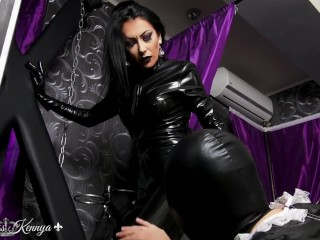 Mistress Kennya: Obsessed with my rubber preview