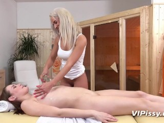 Sensual Massage Turns Into Lesbian Piss Play