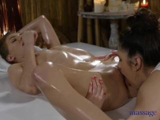 μασάζ και λάδι σεξ Hot moms σκληρό σεξ