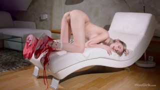 WOWGIRLS Beautiful blonde with natural big breast moaning