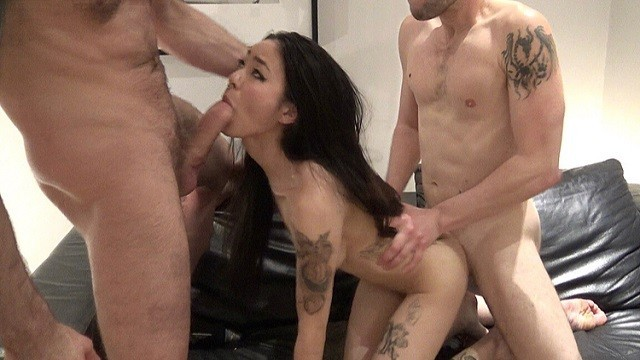 Fuck my wet pussy - My wet pussy enjoyed getting fucked by two massive dicks