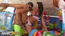 BANGBROS - Franceska Jaimes Attends The Carnival, Gets Anal On A Ride