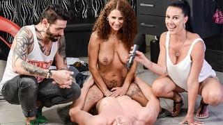 HITZEFREI Big tit redhead Mara Martinez fucked by stranger