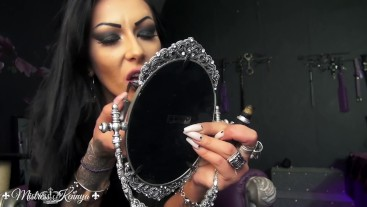 Mistress Kennya: A shade of lipstick for every wanker