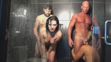 Teachers Orgy In Las Vegas Shower
