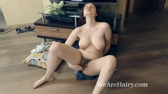 Laurel oaks adult community Laurel lagne masturbates by her tv