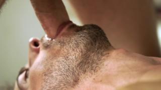 트리플 엑스 무료 영화 - Anteo Takes Julien 대규모 수탉에이 뜨거운 Flip Flop 장면