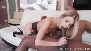 Jules Jordan - Emma Hix Has A Bbc Stuck In Her Throat