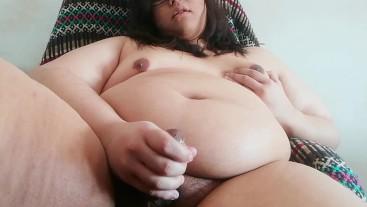 cute fat girl jerking off