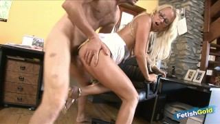 Horny boss fucking hot blonde employee in the office