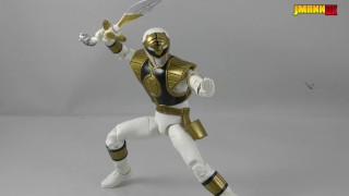 Lightning Collection White Ranger (Power Rangers) - Toy Review
