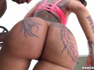 Schoolgirl Smut Fucking, BANGBROS- Tattooed PAWG BellA Bellz Eats That Dick Well Big ass Big