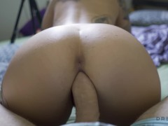 Horny Teen Blow and Fuck a Huge Cock after a Cam Show 4K - Dread Hot