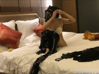 Latex girl breathplay and hardcore masturbating