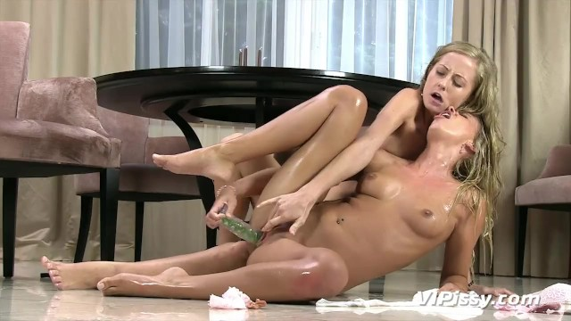 Lesbian squirt in each other story P on each other, sucking p from pussy through bong, fisting wrist deep, cry
