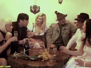 Download clip sex iranian latina hottie selena santana gives mandingos magnum dong a nice work