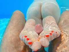 GINGER MERMAID UNDERWATER FOOTJOB POV | Perfect Soles Long Toes Red Nails