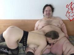 Teen blows & milks fat 130cm dwarf - Teen Girl loves Midget Boy