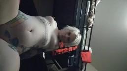 Blonde Hottie Orgasm