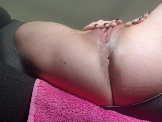 Horny milf masturbates to orgasm in public parking lotfor the first time