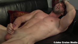 Muscular Straight Man Johnny Walsh Strokes One Off