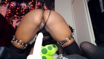 Big Booty Goth Dildo Ride + Cumshow