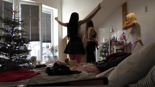 Leon´s Angels See Through Yoga Pants Tiniest Teen Thongs Try On Day